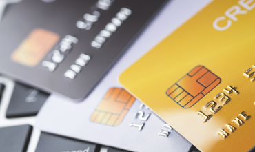 How a Business Credit Card Can Help You to Better Manage Cash Flow